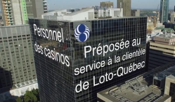 Préposée au service à la clientèle de Loto-Québec
