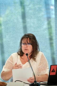 Annie Charland, présidente du Secteur scolaire et membre du Comité des statuts et règlements
