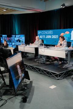 Nathalie Arguin, présidente et André Lajoie, secrétaire général et Dominique Montpetit, coordonnatrice